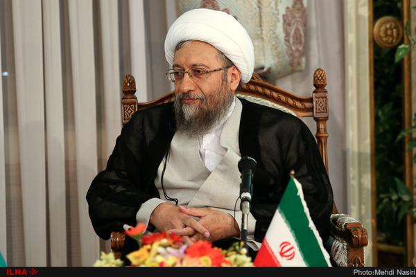 صادق لاریجانی: هیچ فردی بیشتر از حکمش در زندان نیست