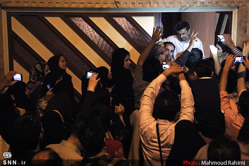 جلوگیری از تجمع مقابل منزل احمدینژاد