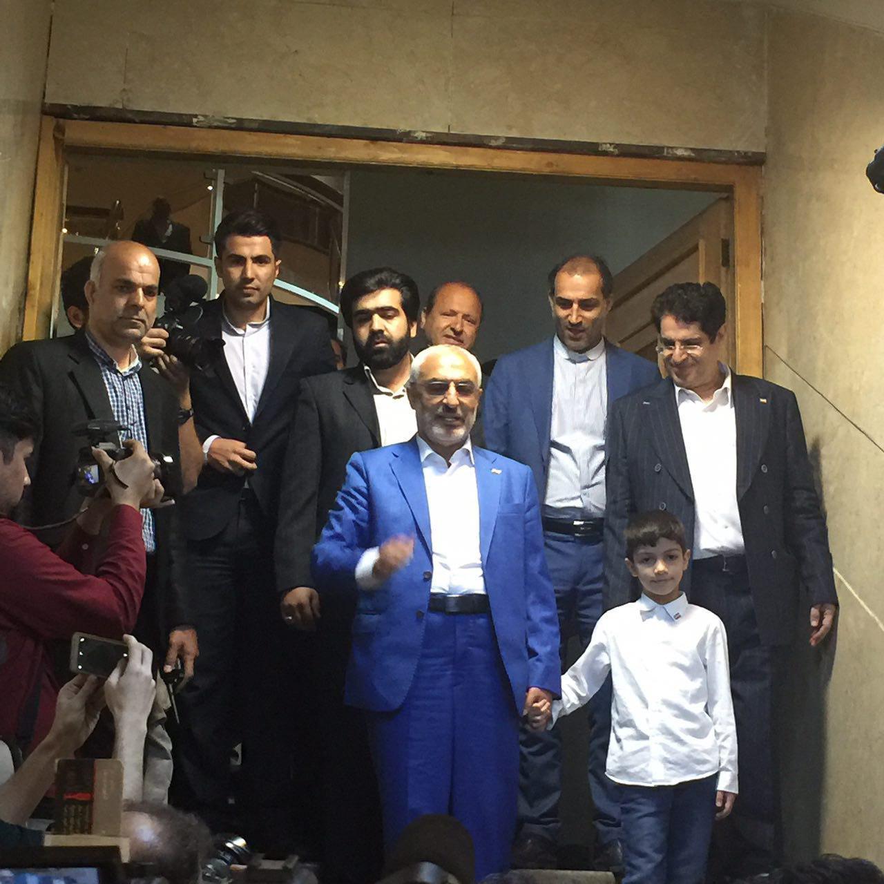 یک وزیر دیگر احمدینژاد هم نامزد شد
