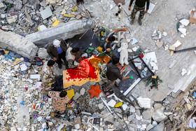 افزایش تعداد کشتهشدگان زلزله به ۴۳۰ نفر