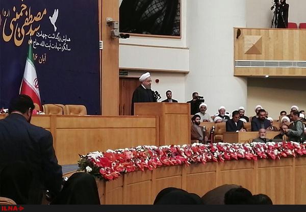 روحانی:اقدام کودکان رژیم در ممنوعیت صدا و تصویر امام اثر بخش نبود