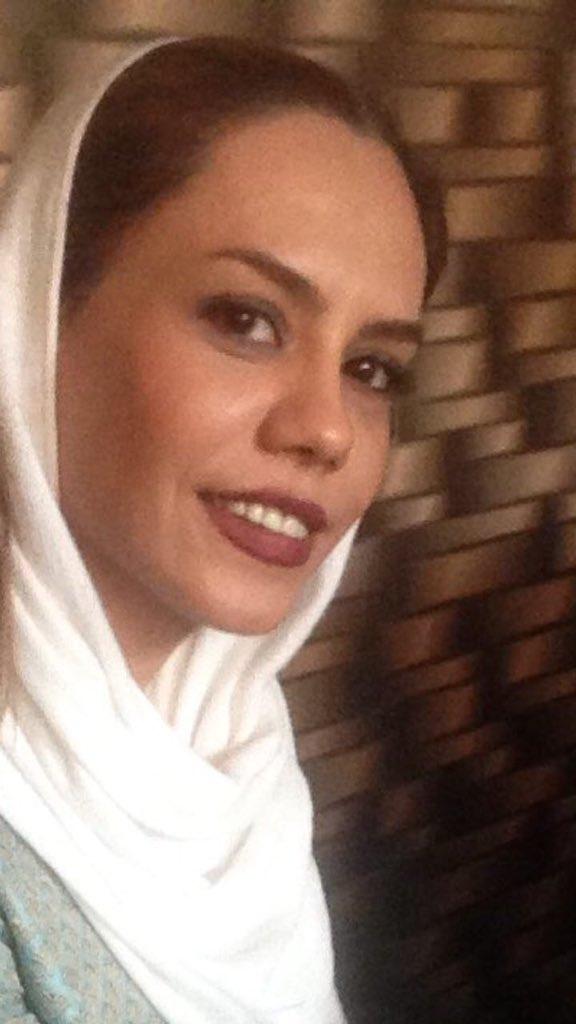 بازداشت یک دختر دیگر خیابان انقلاب