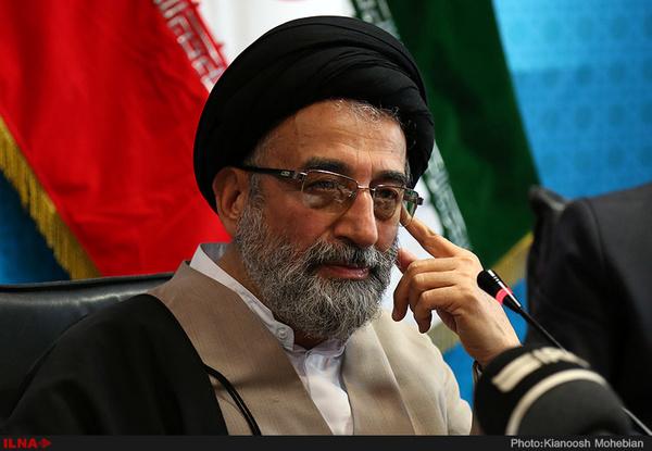موسوی لاری: روحانی کاندیدای اصلی اصلاحطلبان است