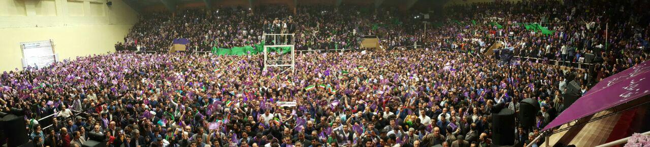 روحانی:آنها که به بابک زنجانی پول و نفت دادند در ستاد رقیبند