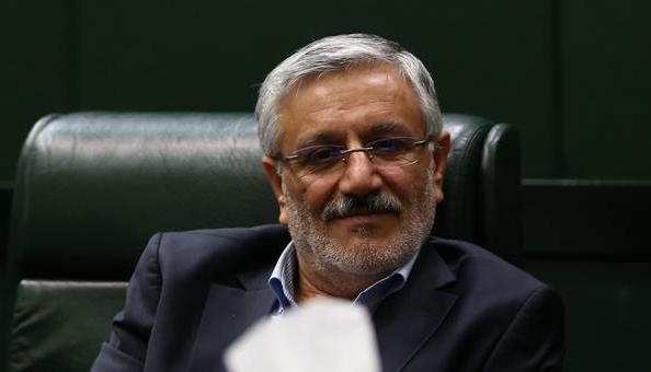 اشاره تلویحی نماینده دماوند به موسوی و رهنورد در رای اعتماد به وزیر ارشاد
