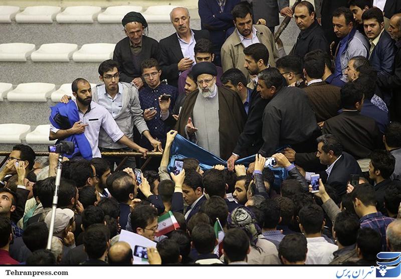 ستاد رئیسی: هزینه های انتخاباتی را اعلام می کنیم، اگر روحانی اعلام کند