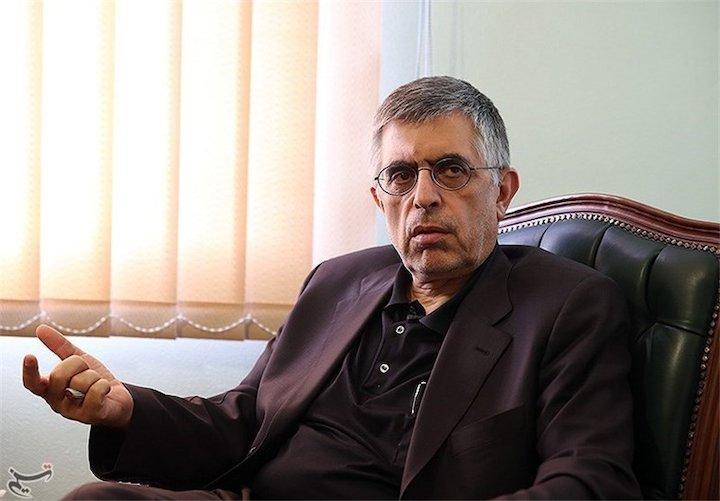 کرباسچی:  به جبهه نجات رای بدهید