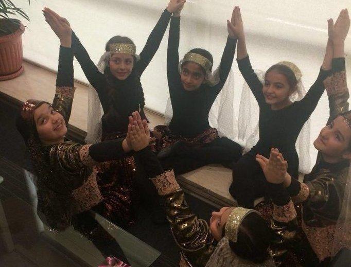 احضار دختران مراسم شهرداری