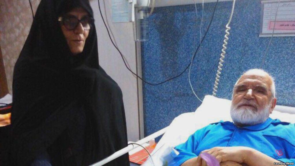 انتقال شبانه کروبی به بیمارستان به دلیل اعتصاب غذا