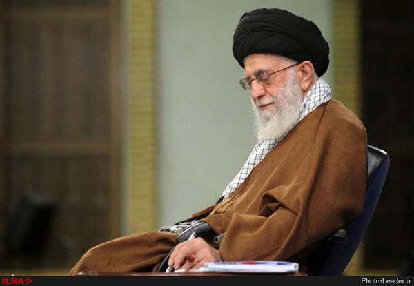تاکید خامنه ای بر مدریت انقلابی در پیام تبریک انتخابات