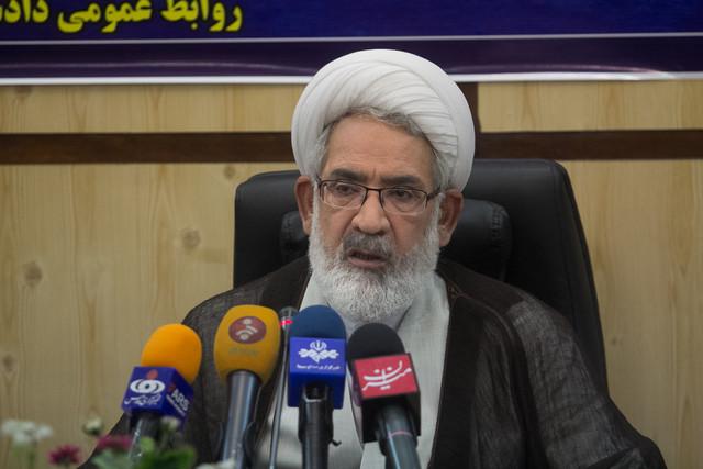 منتظری: یکی دو روز آینده پاسخ احمدی نژاد را خواهیم داد