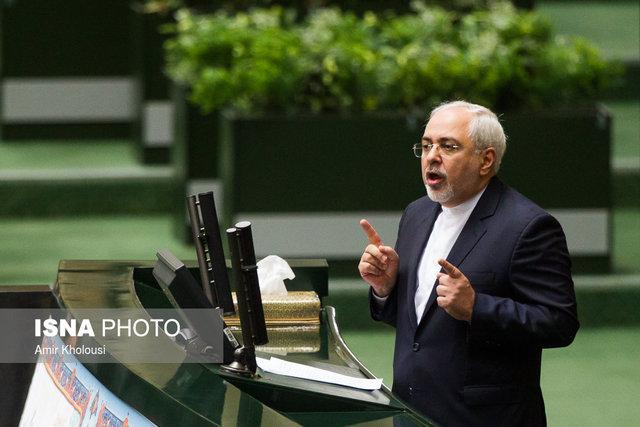 ظریف خبر داد:حکم دادگاه های آمریکا برای مصادره۶۰ میلیارد دلار از دارائیهای ایران