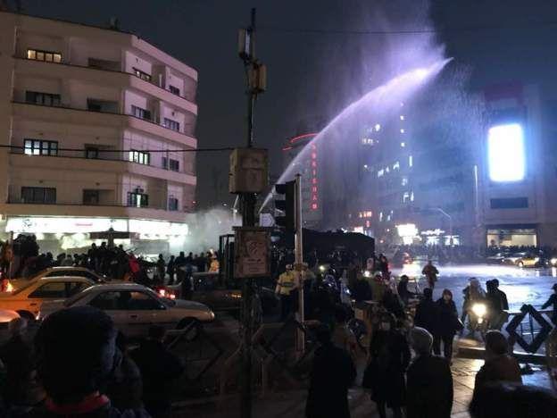 دستگیری ۲۰۰ نفر در تجمعهای تهران
