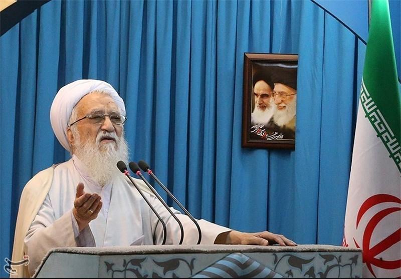 امام جمعه تهران:دلیل زلزله گناهان روی زمین است