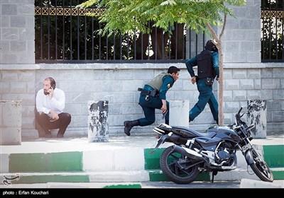 روایت یک نماینده از حاشیههای حمله تروریستی: خون و نگرانی