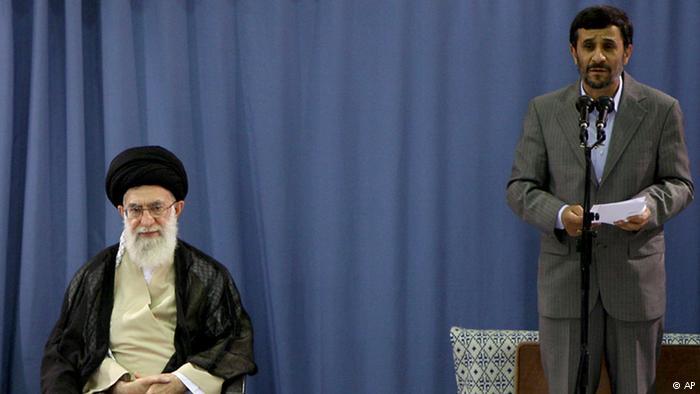 نامه احمدینژاد به رهبری: انتخابات فوری و آزاد برگزار کنید