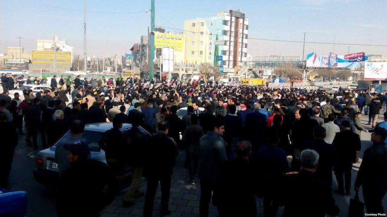ادامه تجمعهای اعتراضی در ایران