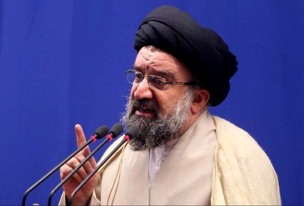 طعنههای غیرمستقیم احمد خاتمی به روحانی