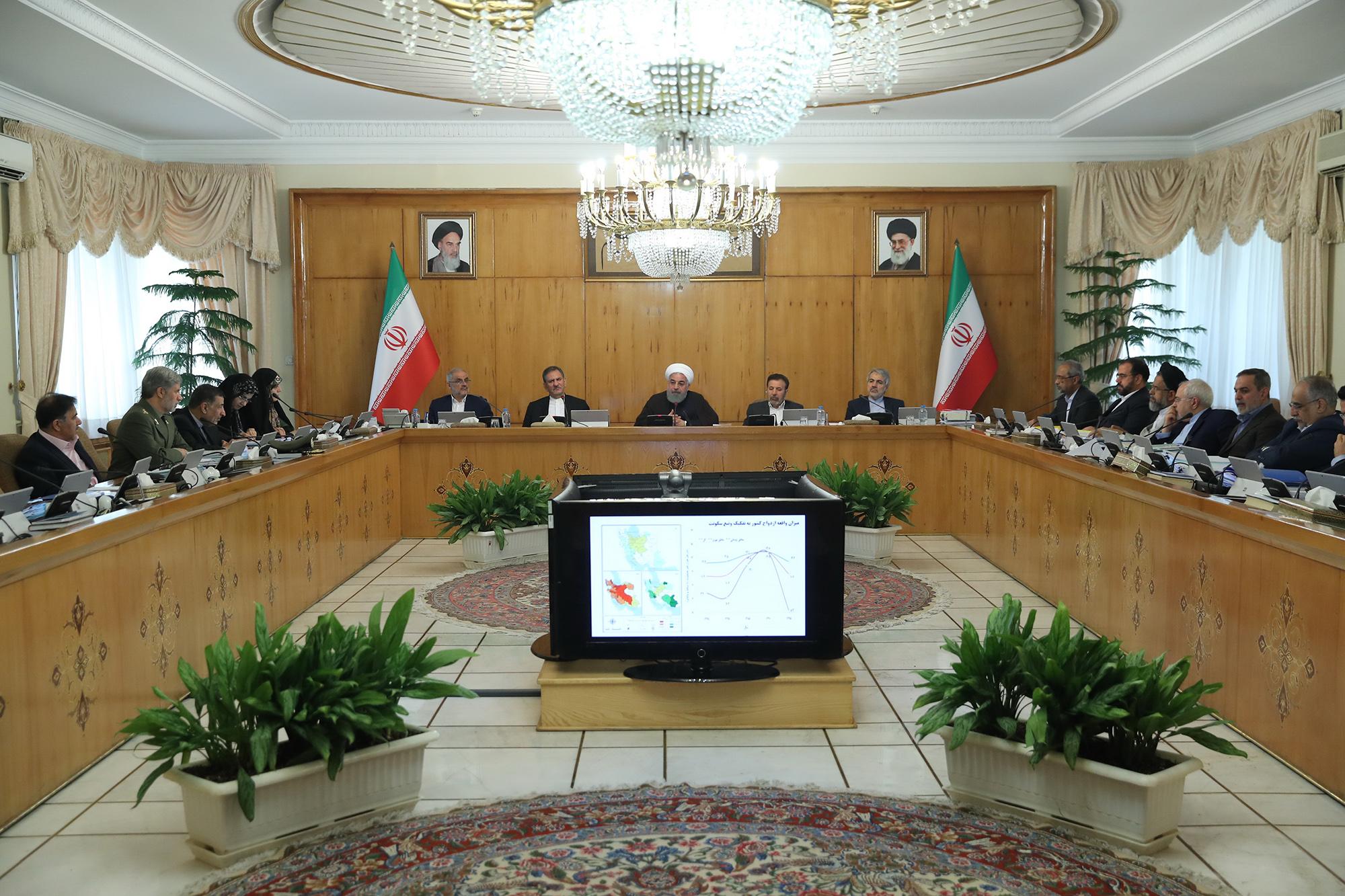 حمایت قاطع روحانی از سه وزیر درمعرض استیضاح