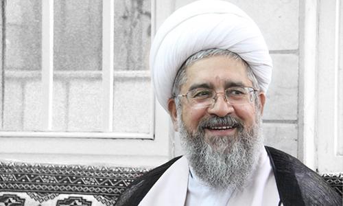 محکومیت محمدرضا نکونام به ۵ سال حبس، شلاق و خلع لباس