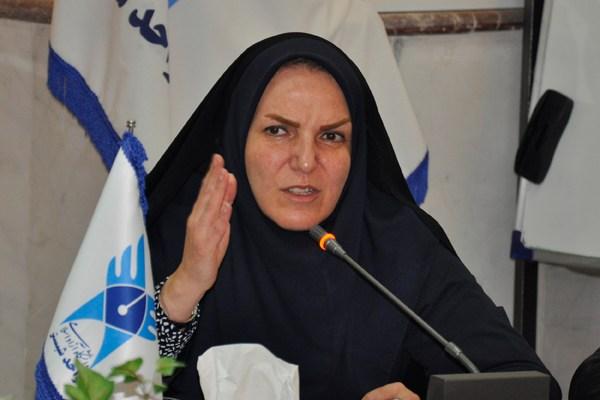 درخواست امام جمعه شبستر برای برخورد با خانم نماینده