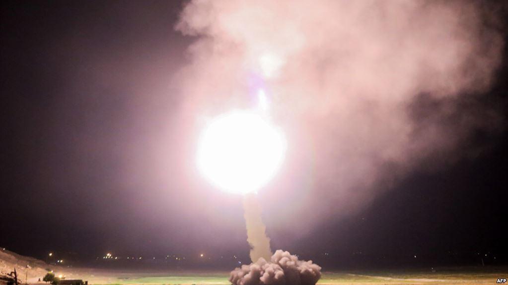 کنایه های موشکی روحانی به سپاه پاسداران:هزینه ساخت موشک از بودجه کشور