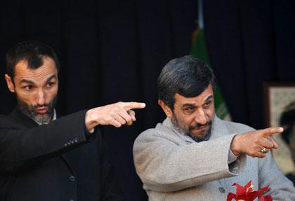 احمدی نژاد سخنان اژه ای درباره بقایی را «کذب محض» خواند