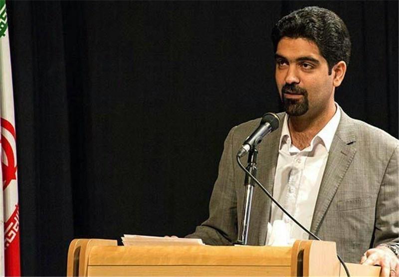 تعلیق عضو زرتشتی شورای شهر یزد