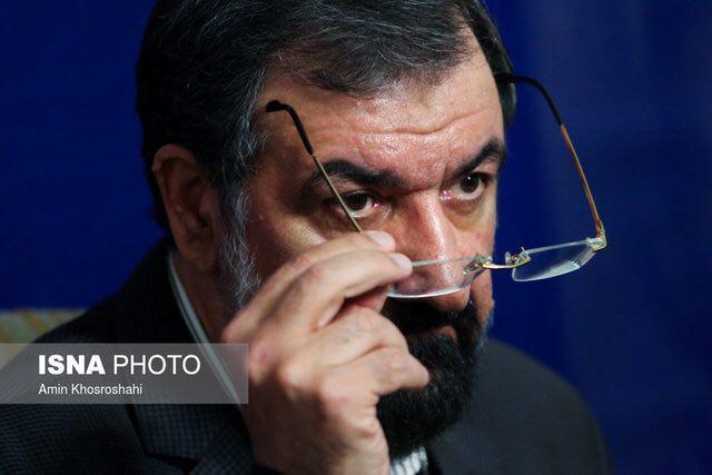 حتی محسن رضایی هم به زنده نبودن مناظرهها اعتراض کرد