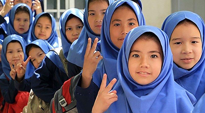 ثبت نام ۳۷۰ دانشآموز افغان و غیرایرانی