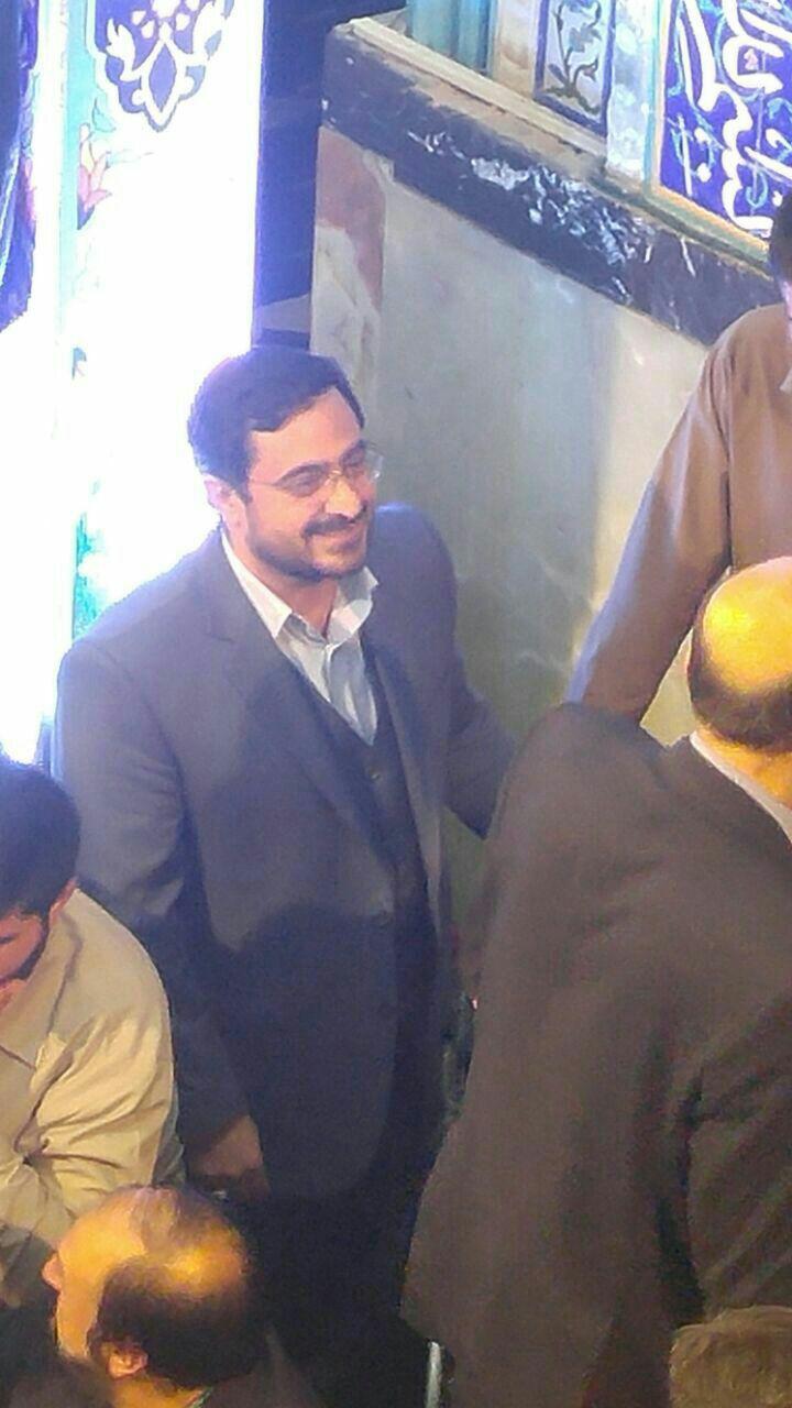 «احمدی نژاد مرتضوی را به مراسم رییسی فرستاد»