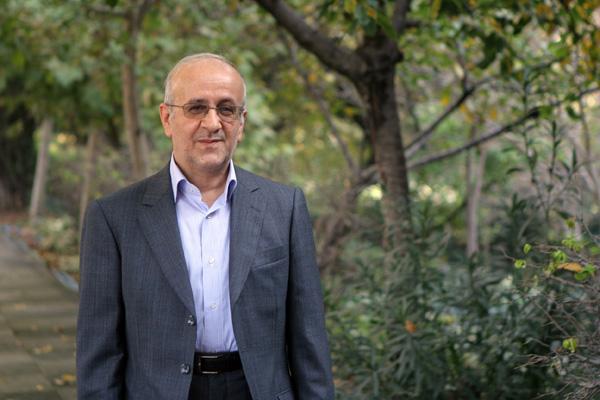 حسن سبحانی:مجلس مصلوب الاختیار شده است