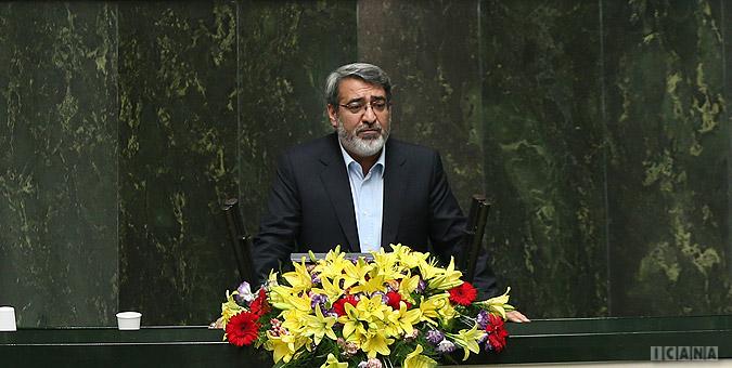 وزیر کشور:  فروش سهام پدیده شاندیز به مردم خلاف مقررات بود
