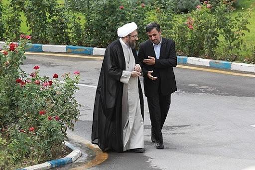 احمدینژاد: صادق لاریجانی از عدالت ساقط شده و غاصب است