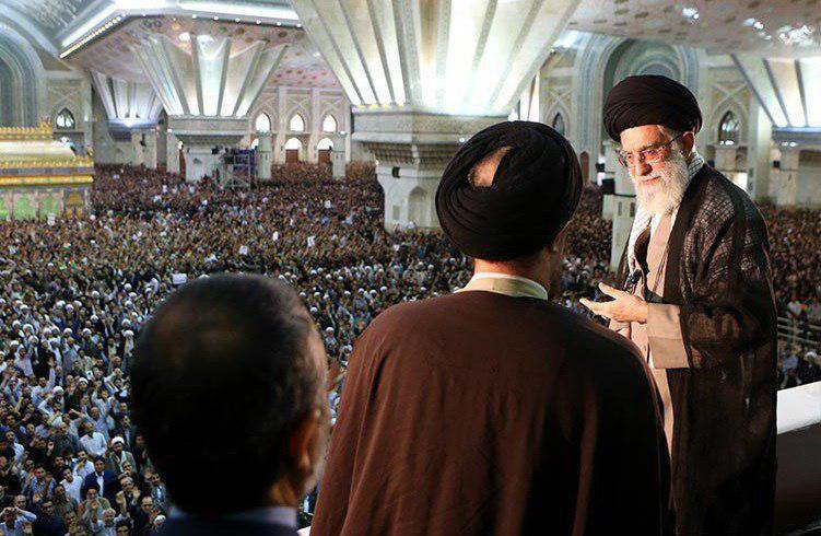 آیتالله خامنهای: جای شهید و جلاد دهه ۶۰ عوض نشود