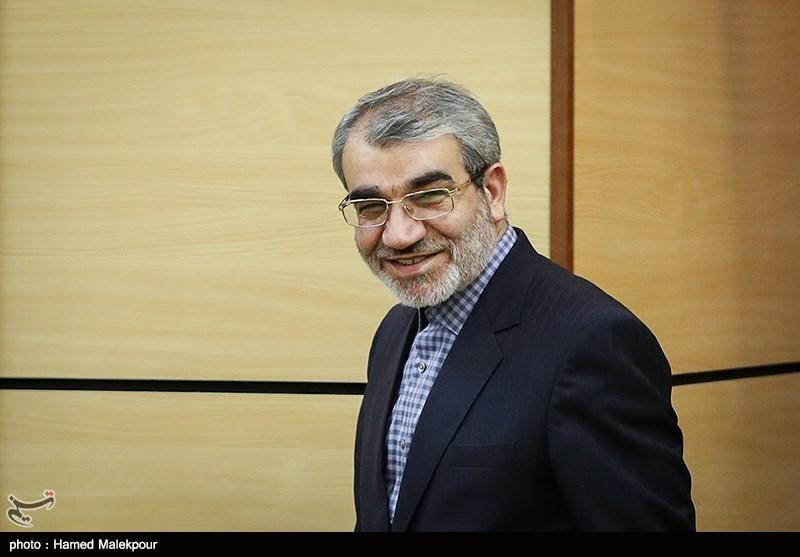 کدخدایی: به احمدینژاد پیغام دادیم انصراف دهد
