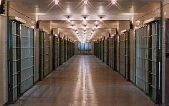 وجود ۲۱۷ هزار زندانی در کشور