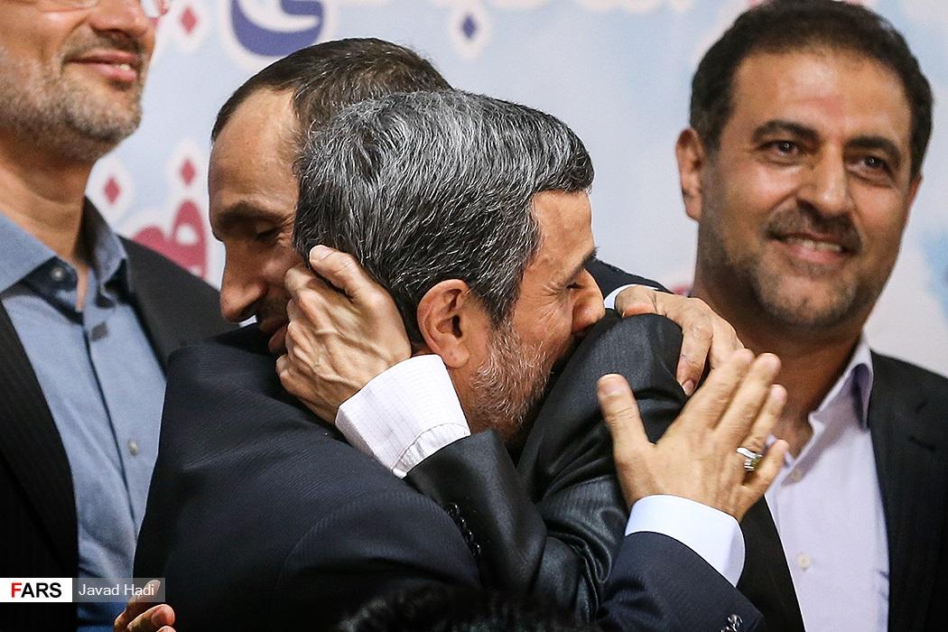 توضیح احمدی نژاد درباره دلیل نامزدی خود : شرایط به طور کلی تغییر کرده است