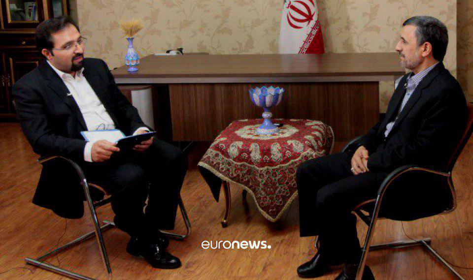 گفتوگو با احمدینژاد در آخرین شب فعالیت