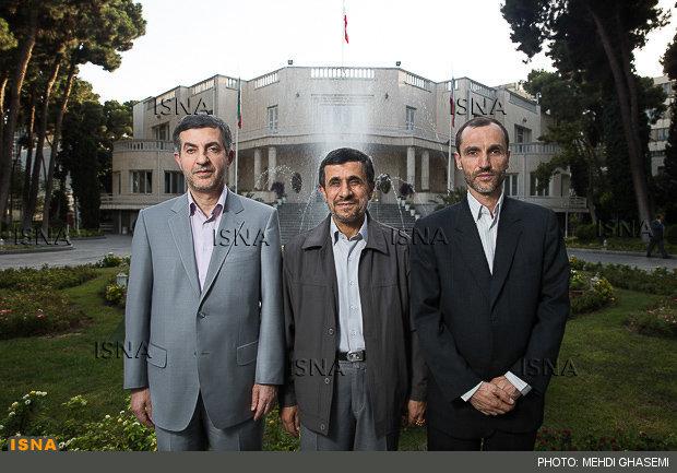 دفتر احمدینژاد: دستگاه قضایی قصد جان بقایی و مشایی دارد
