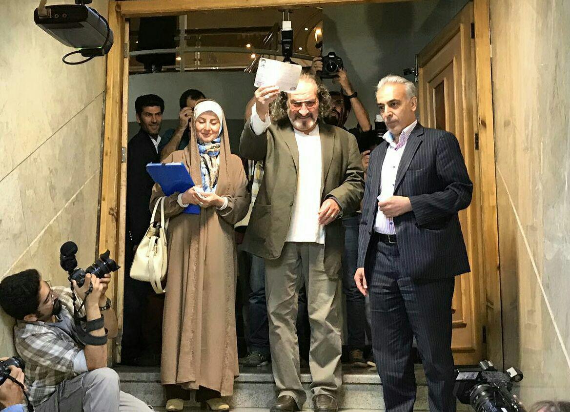 مشاور رسانه ای احمدی نژاد نامزد شد
