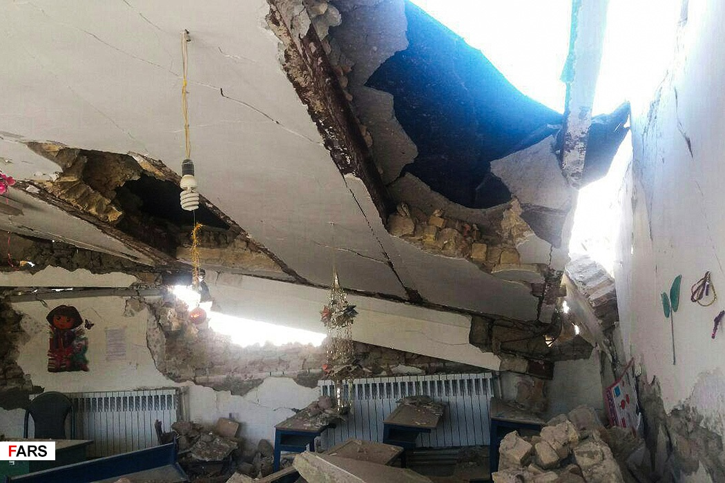وزیر آموزش و پرورش: ۲۲ مدرسه کامل تخریب شد