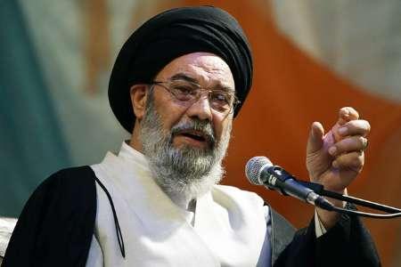 امام جمعه اصفهان:رقاصه ها بعد انتخابات جشن گرفتند و روسری برداشتند