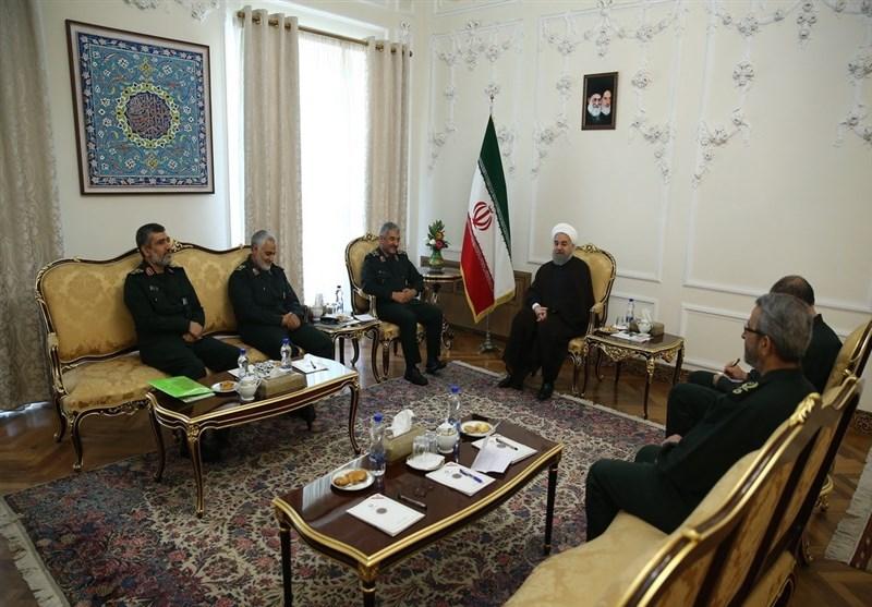 دیدار فرماندهان سپاه و روحانی با وعده همکاری دوجانبه