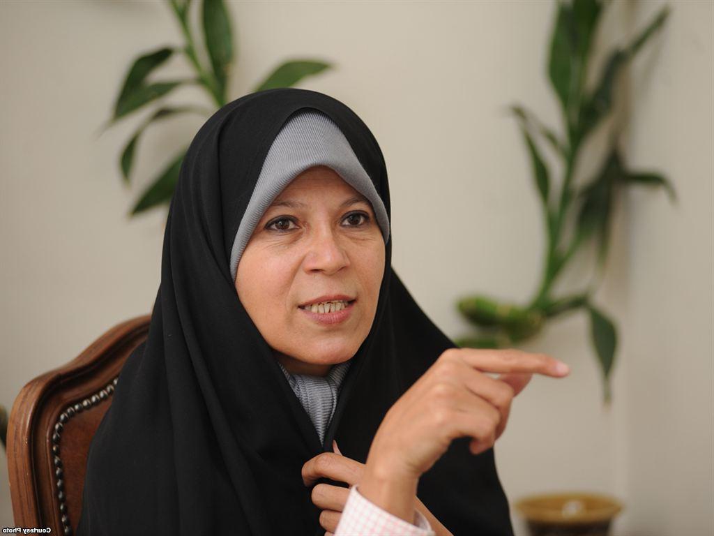 سخنرانی کوتاه  فائزه هاشمی در مراسم افتتاح ستاد روحانی
