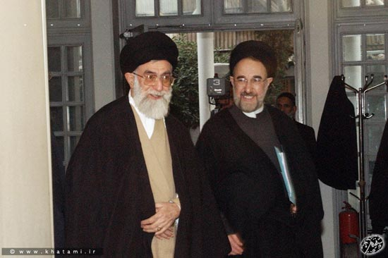 درخواست خاتمی از رهبری: دستور رفع حصر را صادر کنید