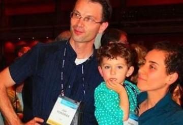 درخواست جمعی از نمایندگان برای اعطای تابعیت ایرانی به فرزند مریم میرزاخانی