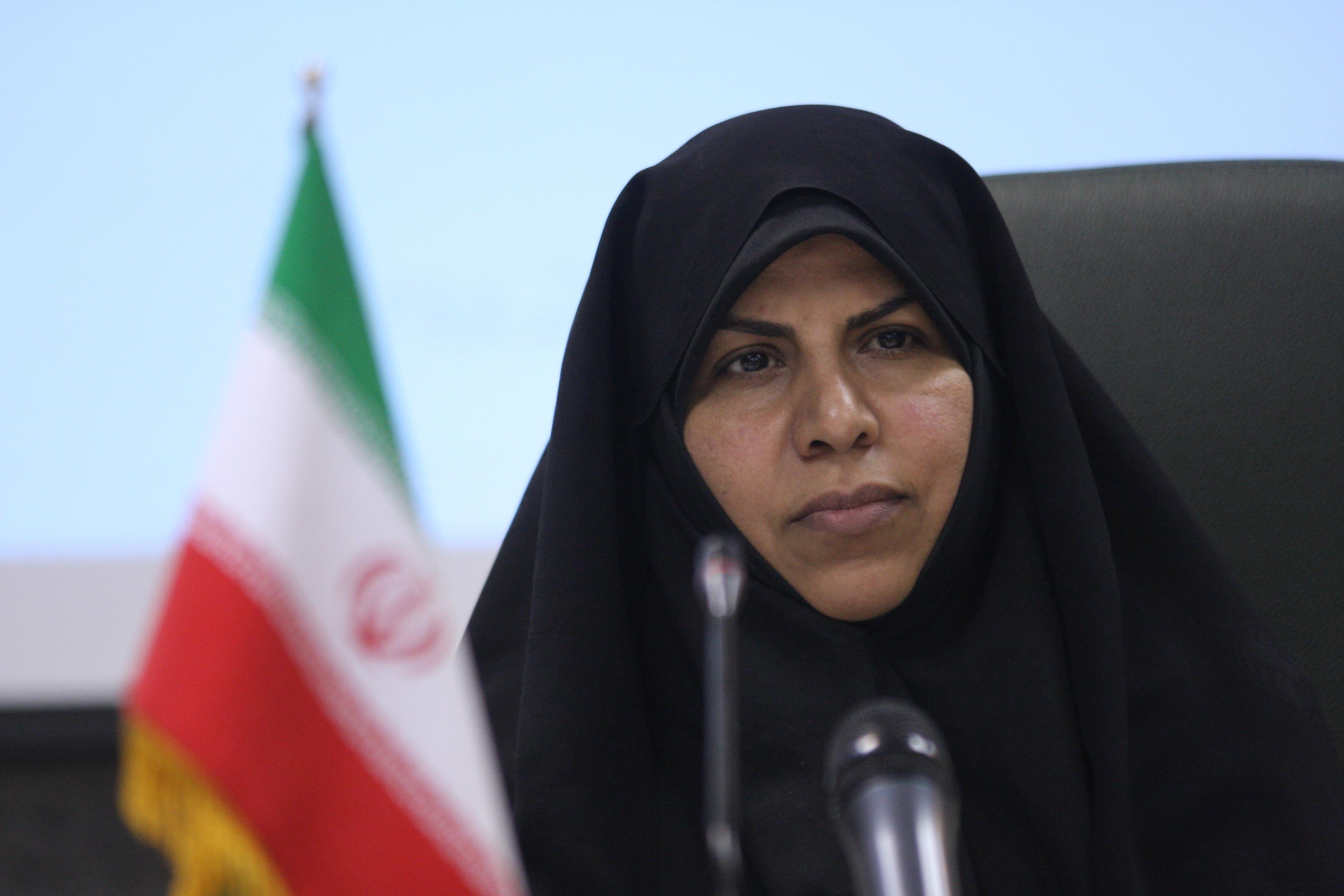 تکذیب اصولگرا بودن احمدینژاد توسط وزیرش