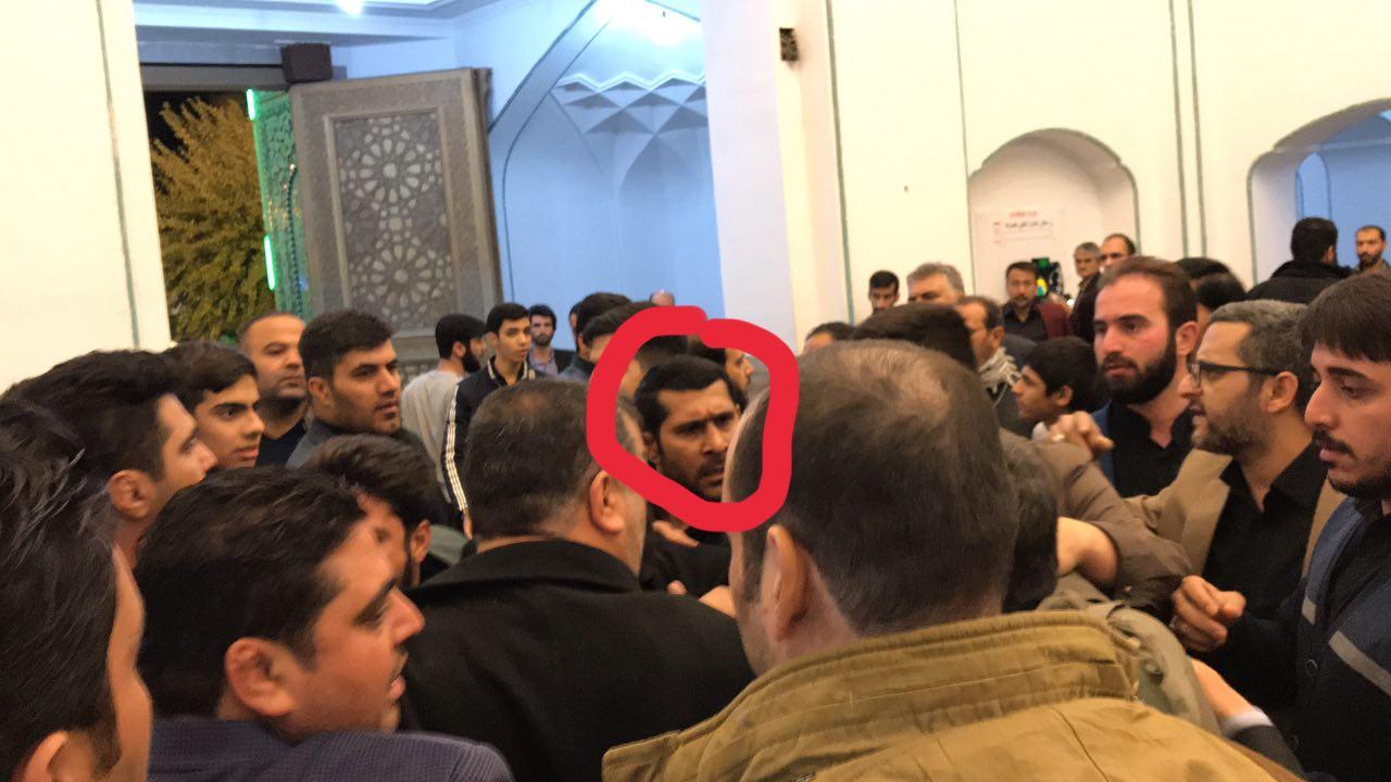 «حمله لباسشخصیها به بستنشینان حرم عبدالعظیم»
