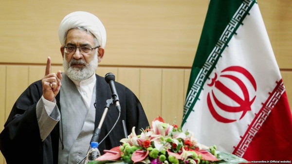 پاسخ تند منتظری به احمدینژاد: کلکسیون قانون گریزی هستی